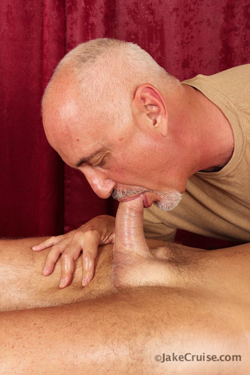 gay masseuse