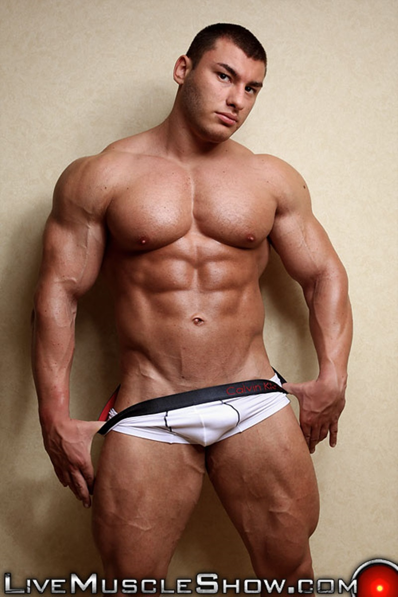 porno bodybuilder