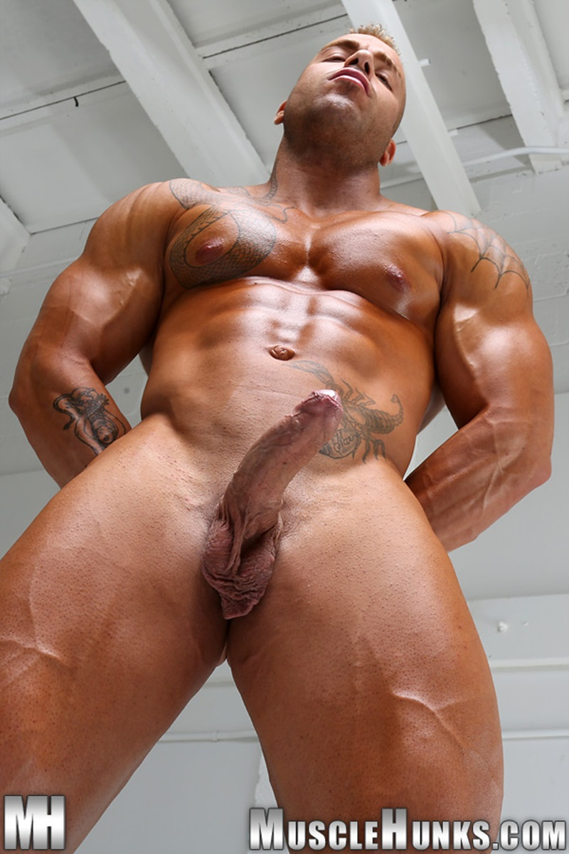 Max Hilton  Nude Bodybuilder  Big Muscle Dick  Gay Porn -6670