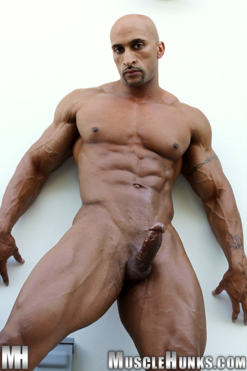 muscle men gay porn
