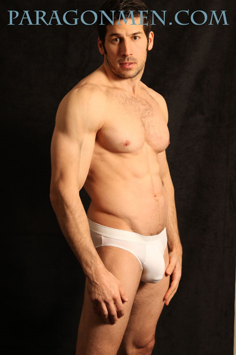 Sexy Muscle Hunk Leo Giamanis Thick Soft Dick Gets Hard -5480