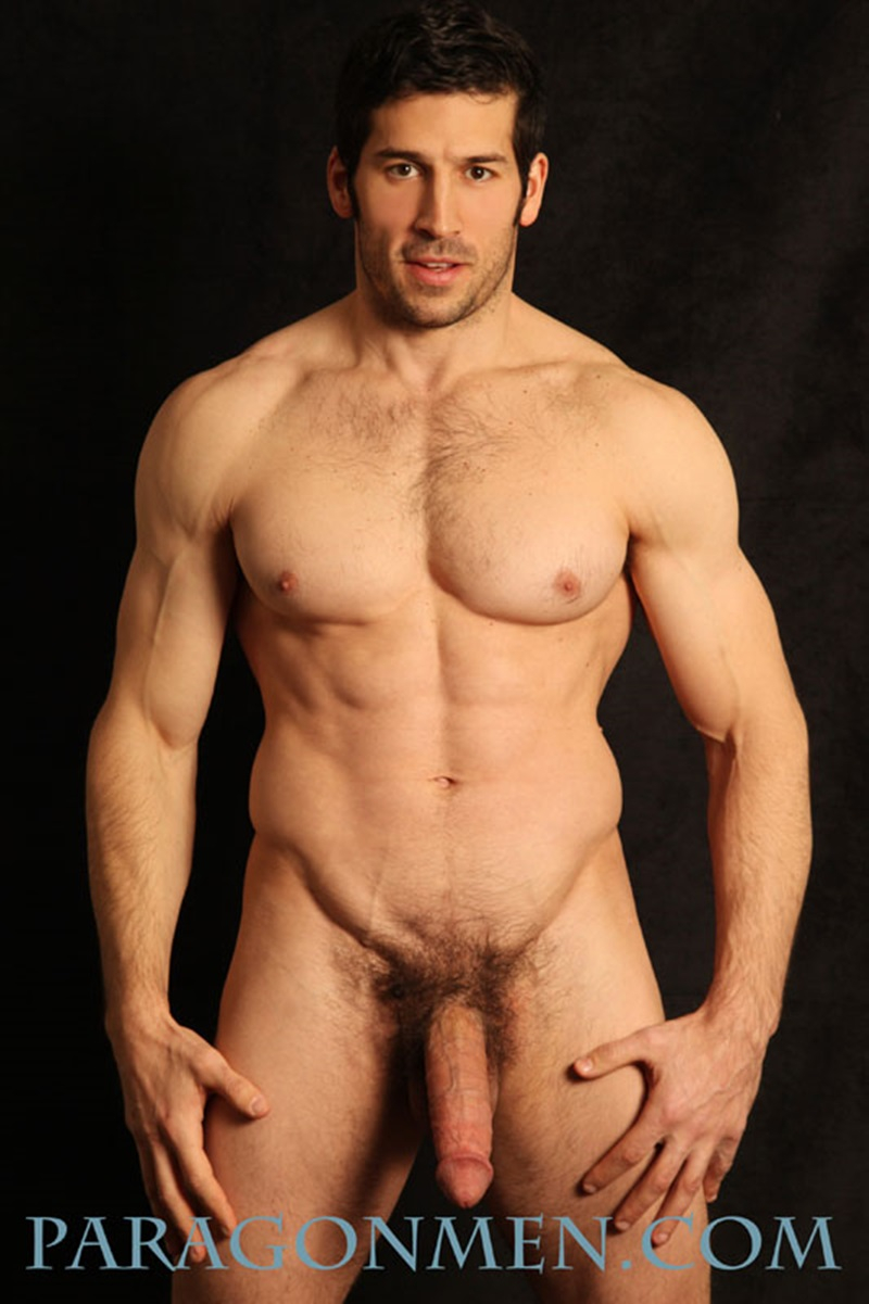 Sexy Muscle Hunk Leo Giamanis Thick Soft Dick Gets Hard -8317