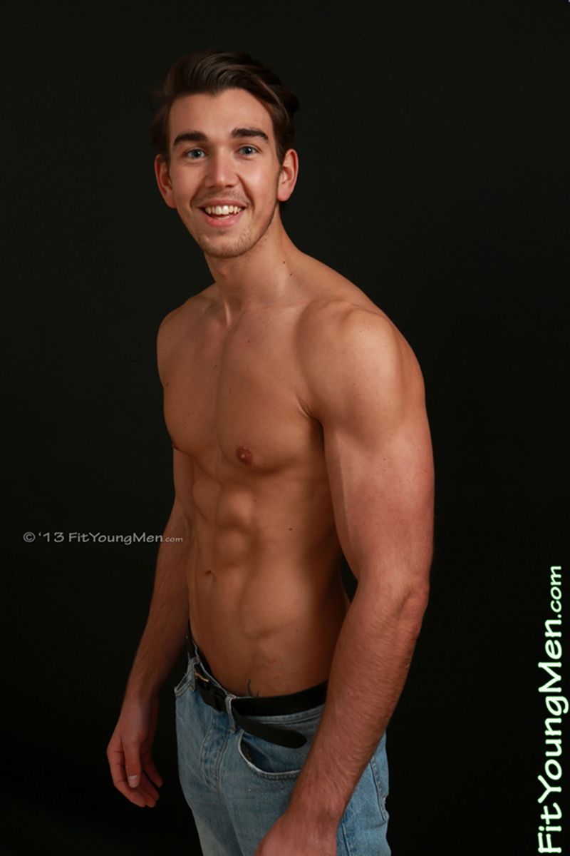 naked male australian sports star