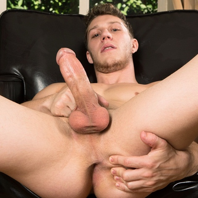Gay twinks having hardcore sex movie extra 3